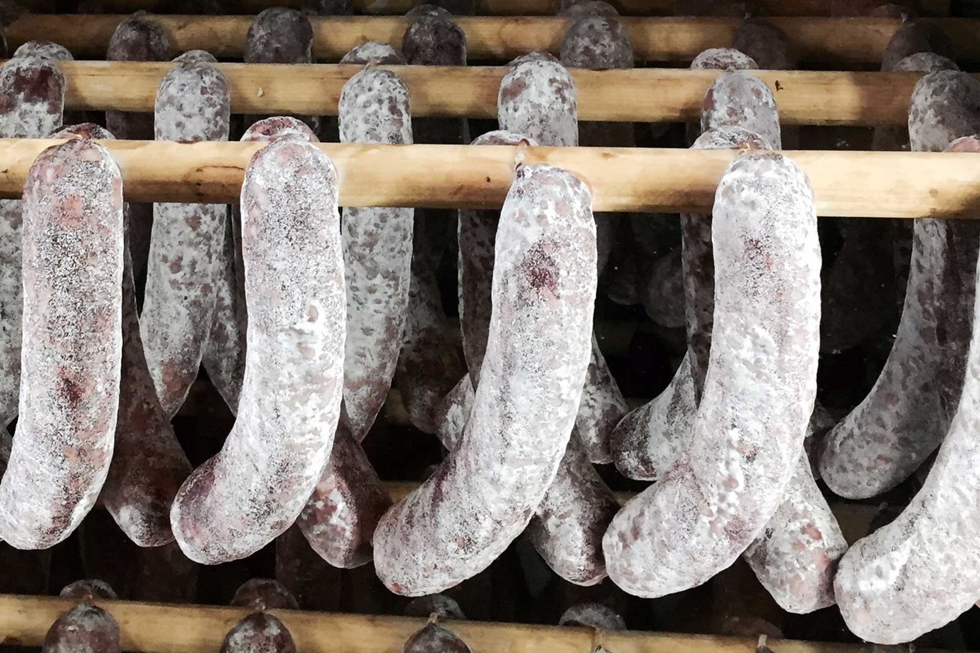 Hofverarbeitung-Salametti